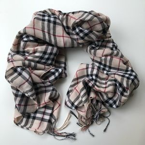 Burberry Patterned Scarf